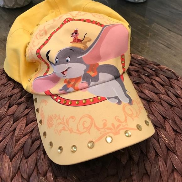 9745d5a6ed5e2 Disney Accessories - Dumbo baseball cap Disney