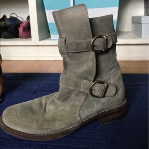 Fiorentini + Baker Shoes - Suede ankle boots