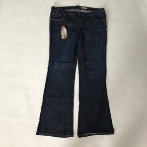 Chip and Pepper NWT flare jeans size 17