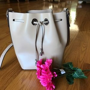 Zara Bucket bag 