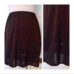 Vintage VASSARETTE Black Half Slip, Mini