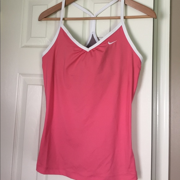 71 Off Nike Tops Nike Workout Tank With Built In Bra