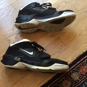 nike Other - Nike Air Force Basketball shoe size 11.5 black