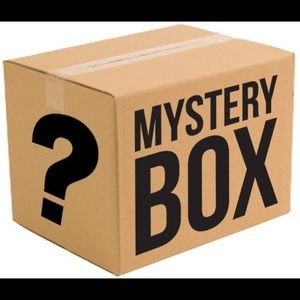 Mystery Box (Casual Glam Size Small)