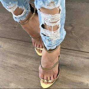 "boutique Denim - 💔LAST 2 ""RIP YOU UP"" Ankle Jeans Summer Wash"