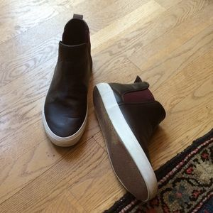 Old Navy brown ankle boot size 8