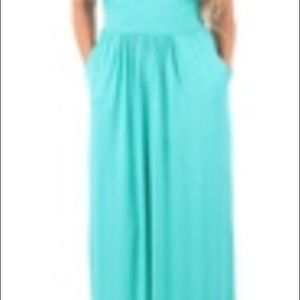 Rags and Couture Dresses & Skirts - Strapless Mint Ruched Maxi Dress w/Pockets