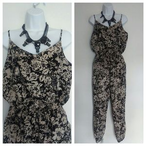one clothing Pants - One clothing floral print jumpsuit