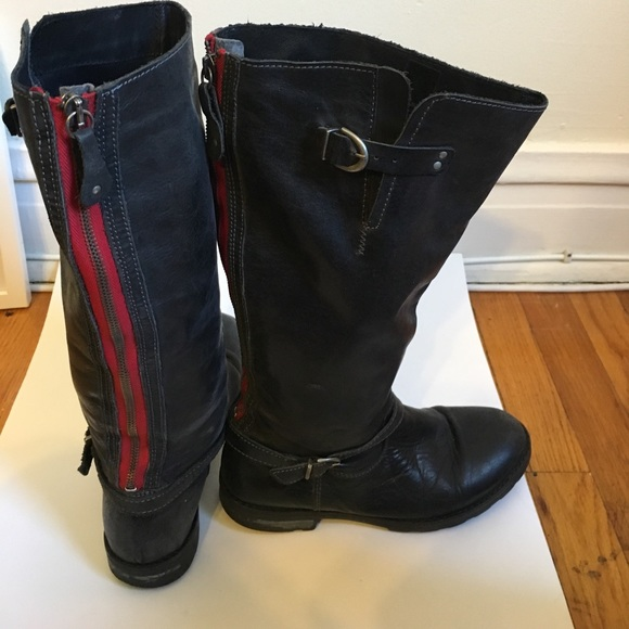 248b2981c82 Black leather boots with red zipper. M_590f68972ba50a839f0108f9