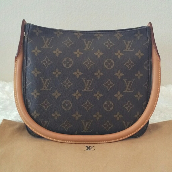 cda3e42b84e4 Louis Vuitton Handbags - 💥1day SALE💥Lv looping MM luxury Shoulder bag