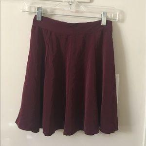 Brandy Melville Skirts - Brandy Melville Glenna skirt in burgundy