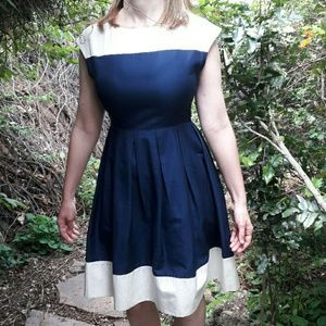 Dresses & Skirts - 🚨 SALE !Silk/Cotton Navy & White Dress