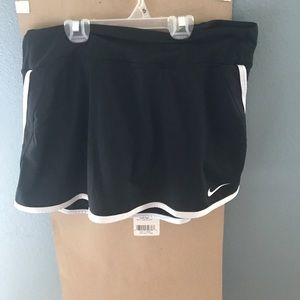 Nike golf/tennis skirt