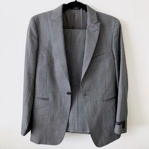 John Varvatos Other - John Varvatos 100% Wool Gray Suit