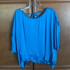 VINCE CAMUTO: Turquoise Silk Blouse (Size L)