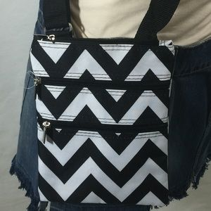 J Garden Handbags - Zig Zag Print Crossbody Bag
