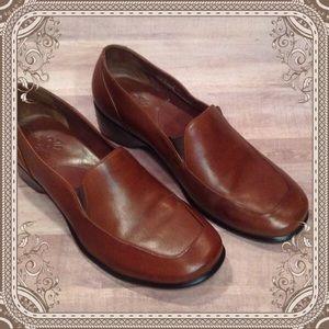 Clarks Shoes - Clark Slip On