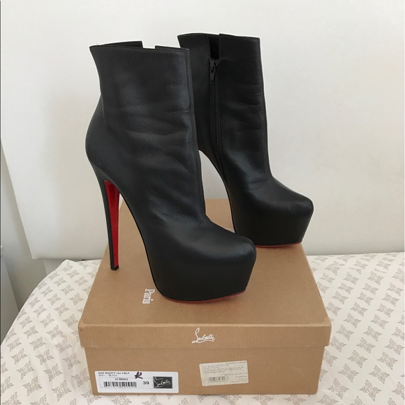 reputable site 3d6f1 41d5c AUTHENTIC Christian Louboutin Daffodil Ankle Boot