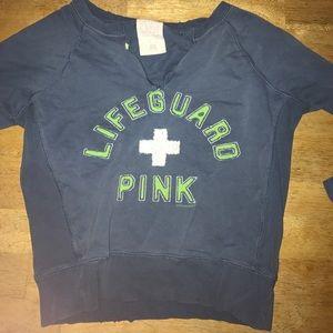 V-neck crop top shirt