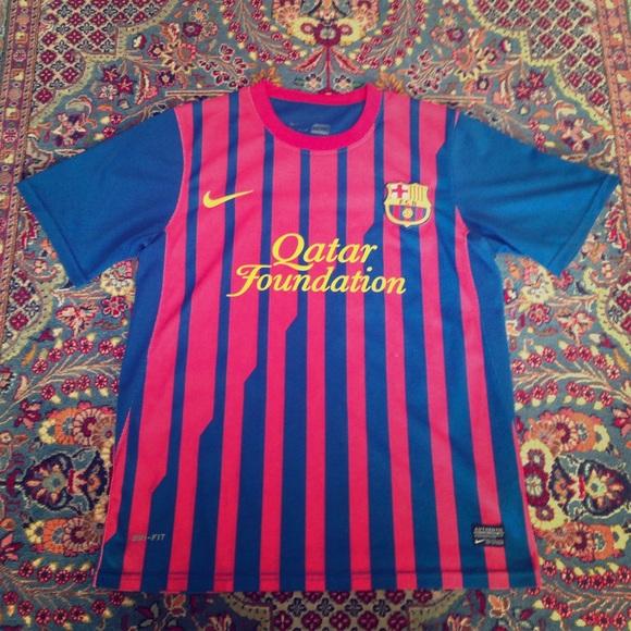 46eedd3265f 2011 Nike C.Puyol FC Barcelona Home Jersey -Mens M.  M 590f8f917fab3aa44901b47f