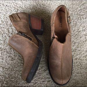 "Born Shoes - Born ""Nadra"" booties size US 8.5"