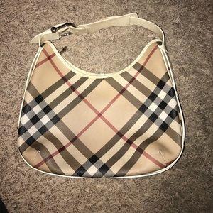 Burberry Handbags - Burberry purse