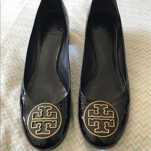 8eccb91f37c88 Final sale! Black gold Tory Burch dress shoes sz11.  M 590f9749c284560fed0c682d