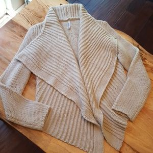 Miilla Clothing Sweaters - Knitted Sweater - NWOT