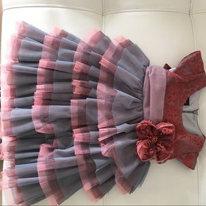 Isobella & Chloe Other - Girl dress beautiful flower and tulle sz 18 mnths