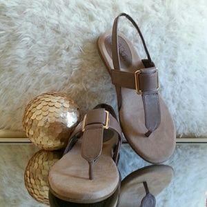 """Life Stride Shoes - Life Stride """"Brooke"""" T-Strap Sandals"""