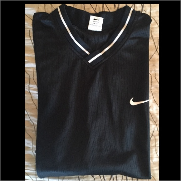 67 off nike other men 39 s old school nike mesh top for Old school nike shirts