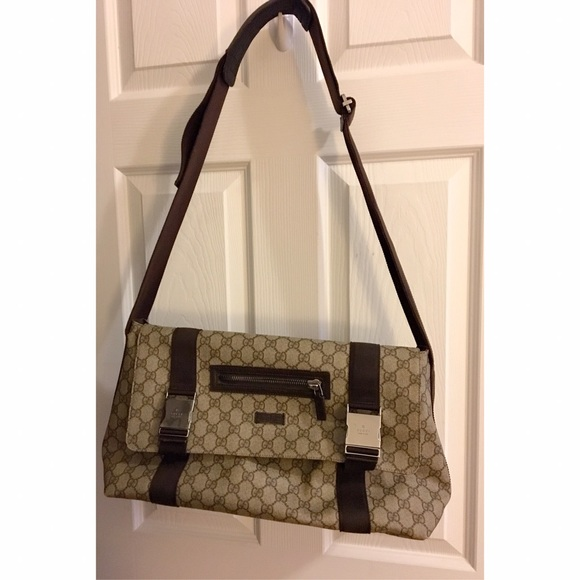 5d678f8385cfed Gucci Bags | Brown Weekend Messenger Bag Sold On Tradesy | Poshmark
