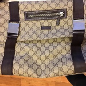 0684c30ee7a7 Gucci Bags | Brown Weekend Messenger Bag Sold On Tradesy | Poshmark