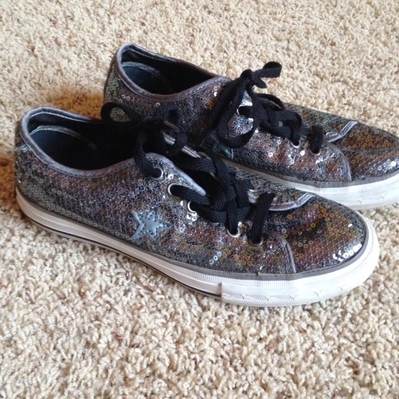 01d35c588b19 Converse Shoes - Converse One Star Sequin Shoes Silver Grey Size 7