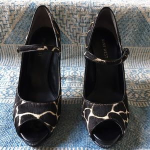 Nine West Shoes - Nine West open toe Mary Janes, size 6