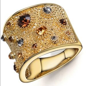 Curvy Couture Jewelry - Austrian Crystal 18K Gold Big Ring SZ 6,7,8 NWT