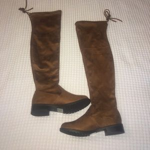 Shoes - Tan Knee High Boots NEW