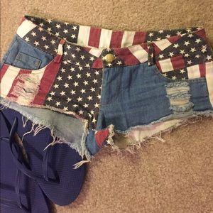 Americana destroyed denim short shorts, size 3