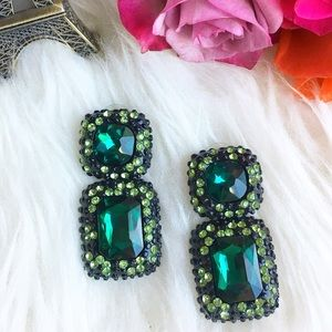 Jewelry - Emerald green statement rhinestone earrings