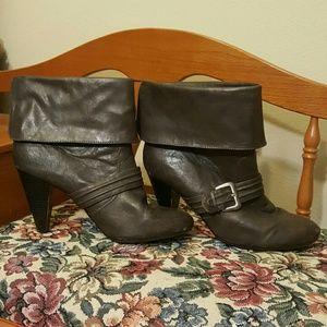 Diba Shoes - Fabulous Gray Ankle Boots Sz 9