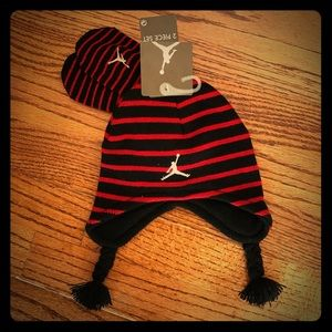 Jordan Other - NEW Nike Jordan Baby Toddler Beanie Mitten Set