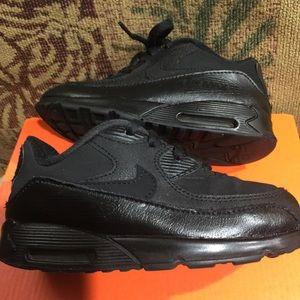 Nike Other - NIKE...boys black sneakers 👟
