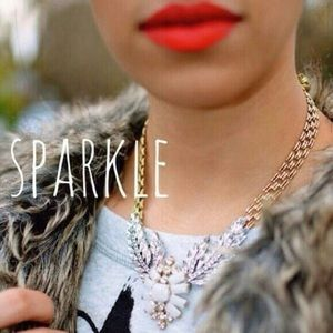 Karis' Kloset Jewelry - Jewelry | Statement wings necklace