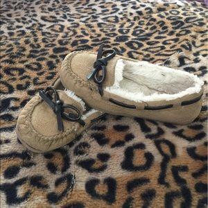 Airwalk Other - Kids size 10.5 Airwalk faux fur moccasins