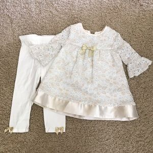 iris & ivy Other - Adorable Iris & Ivy girls 24m gold cream outfit