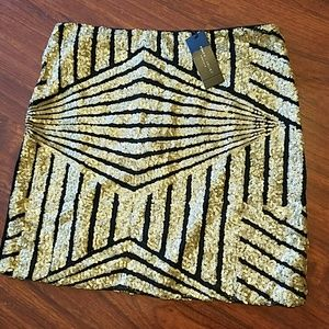 NWT Romeo + Juliet Couture sequined sexy skirt