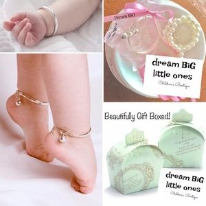Other - Baby 1st Bracelet & bows Gift box set! Girl Shower