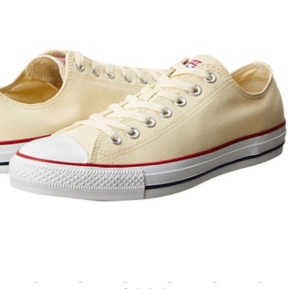 a162c26c8308 Converse Chuck Taylor Cream All Star Low Tops