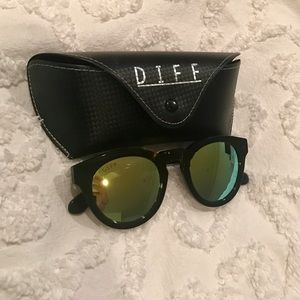 Diff Eyewear Accessories - Sunglasses NWOT