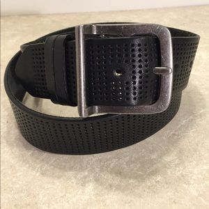 B Black leather perforated thick belt unisex
